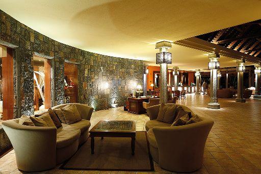 Beachcomber Dinarobin Hotel Mauritius Lobby  © Beachcomber
