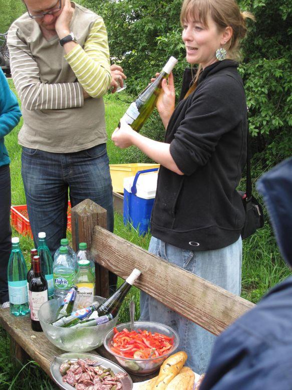 Juergen Kagelmann Viking Radkreuzfahrt Normandie Picknick unterwegs – und Weinprobe © Kagelmann