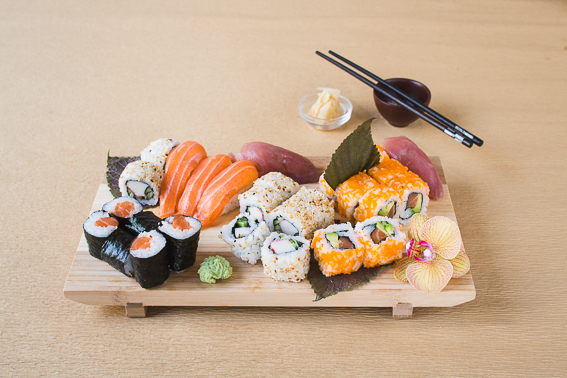 Lieferheld_Asien_Sonne_Sushi_Osaka_mix_3