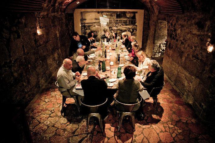 Salzburg Eat Meet Festival 2 Dinner im historischen Gewoelbe Wildfoto