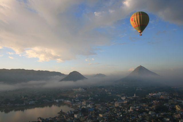 Tischler Reisen Indien Ballonfahren 5INJAIH18 Skywaltz8
