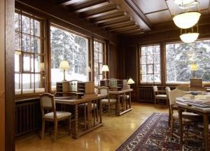 Waldhaus Sils Maria Bibliothek - Foto Ralph Feiner