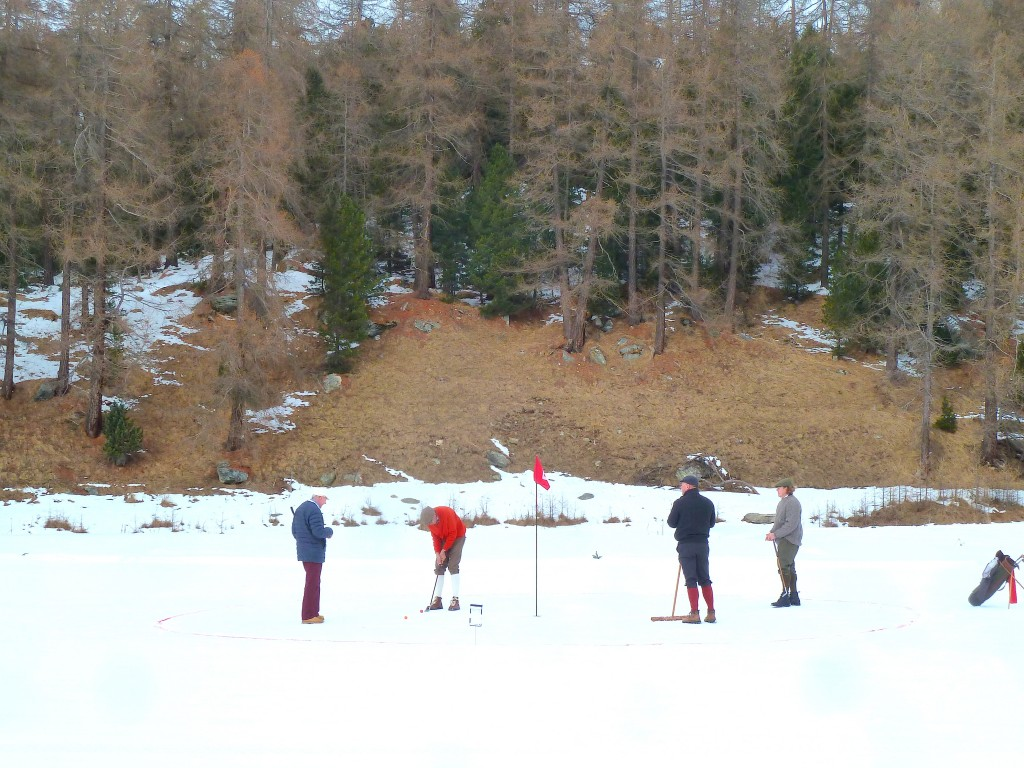 Schneegolf in St. Moritz