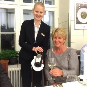 Waldhaus Sils Maria Weinverkostung mit Sommeliere Katrin