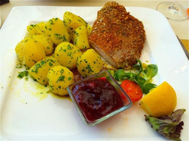 Via Culinaria 7. Köstliches Steirer-Cordon Bleu im Gipfel Restaurant